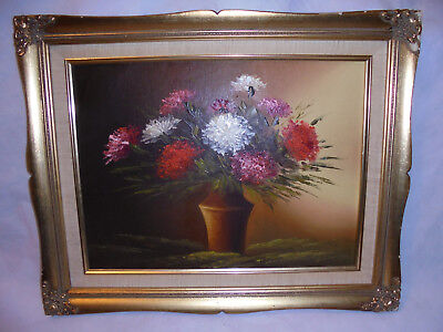 Antique/Vintage Oil on Board ''Still Life Art'' Gilt wooden decorative frame.