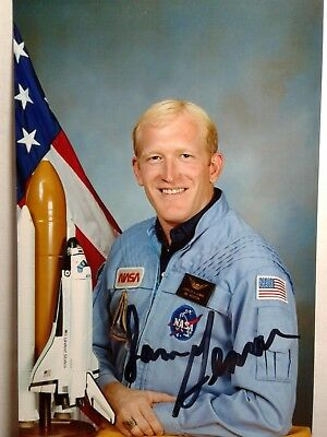 Charles D. Gemar Authentic Hand Signed 4X6  Photo - NASA ASTRONAUT