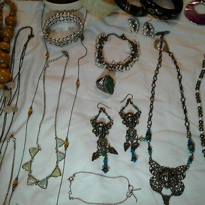 Lot Of Approx 34 Pieces Vintage To Modern ESTATE Costume Jewelry Variety