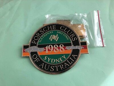 Vintage Porsche Clubs car badge 1988