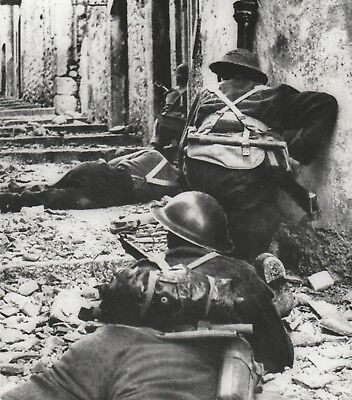 Vintage WW2 Photo, Canadian Troops in Italy, Heroes, Alied Invasion of Europe