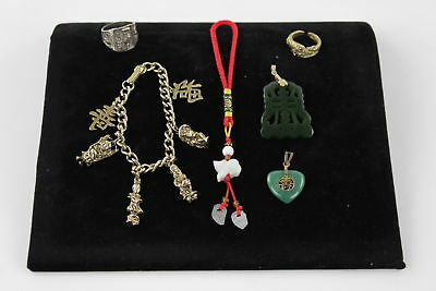 6 x VINTAGE Chinese Jewellery inc. Carved Jade Pendants, Charms, Ring