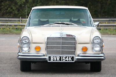 Classic Rare Mercedes-Benz 280SE V8 Auto California Import Only 31000 Miles