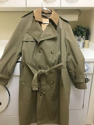 Men's- Brooks Brothers- Double- Breasted -Trench Coat