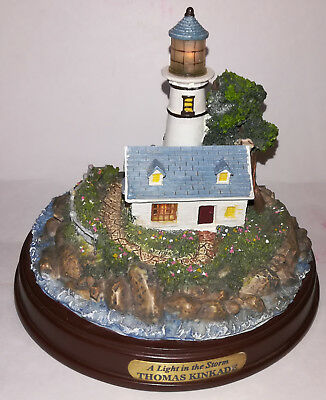 Thomas Kinkade Seaside Memories A Light in the Storm Lighthouse Figure FREE SHIP
