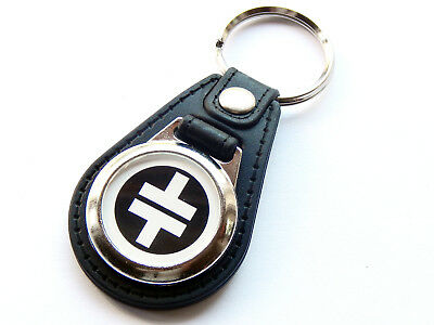 TAKE THAT White Design Boy Band Pop Group Quality Leather and Chrome Keyring