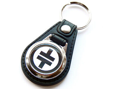 TAKE THAT Black Design Boy Band Pop Group Quality Leather and Chrome Keyring