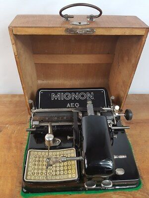 Collectible Typewriter Mignon 4 + Case - No Risk With Shipping