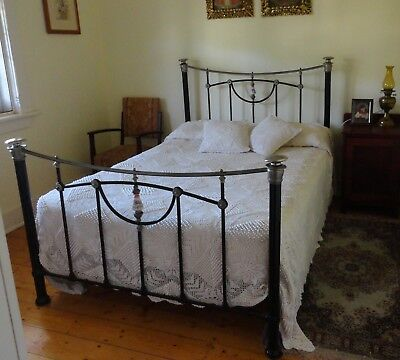 GENUINE ANTIQUE CAST IRON BED DOUBLE PORCELAIN/SILVER NICKEL KNOBS 1800s ENGLAND