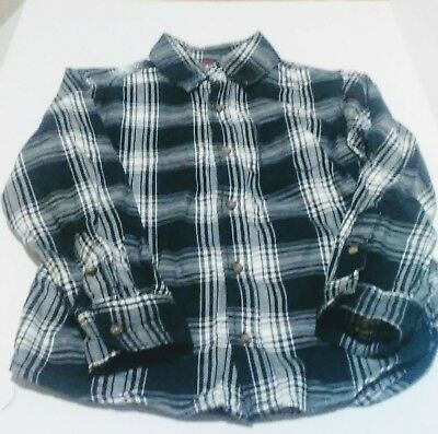 Carters Boys Sz 6 Black And White Plaid Flannel Button Up Shirt Long sleeves