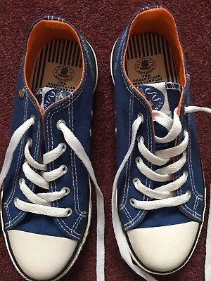 Boys Girls Dunlop Blue Lace Up Casual Trainers Size UK 2 VGC Hardly Worn