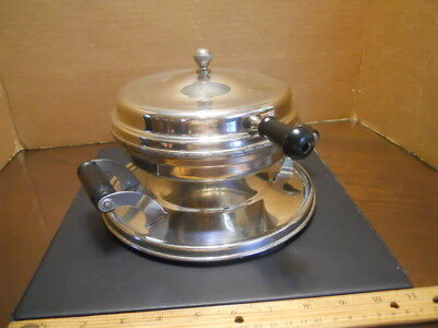 Vintage Star-Rite Electric Waffle Iron, Fitzgerald Mfg Co., With Cord