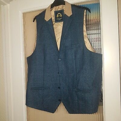 Mens Waistcoat Size 46R. Marc Darcy. Perfect Condition.