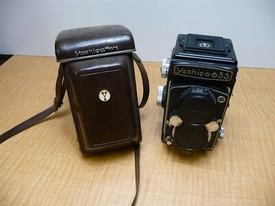 Vintage Yashica 635 Twin Lens Reflex Camera W/ Case TLR Takes 120/ 35 MM Film