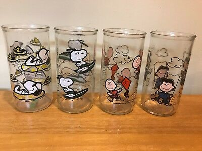 Smuckers's Snoopy Peanuts Jelly Glasses Set Of 4