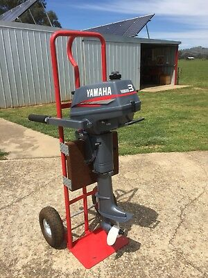 3 Hp Yamaha Outboard Motor . Excellent Order . Has Only Done 2 Hours Work.