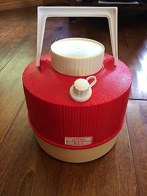 Vintage 1970s Thermos Picnic Water Jug Red & White Plastic 1 Gallon Made USA