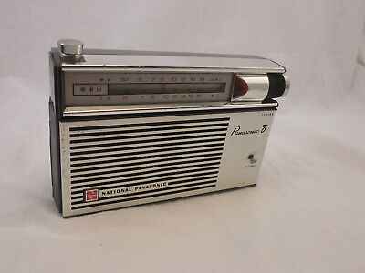 National Panasonic 8 Vintage Radio, Retro, In Good Working Condition Mid Century