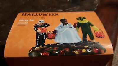 Dept 56 Halloween PARTY FOR TREATS #4051016 New Snow Village retired house  *