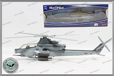 1:55 Scale Bell AH-1Z Cobra Helicopter Diecast Model By New Ray Military Vehicle