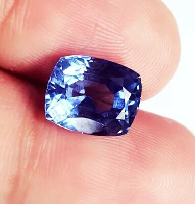 Wonderful Natural 4,47 Ct Certified Cushion Shape Ceylon Blue Sapphire gemstone