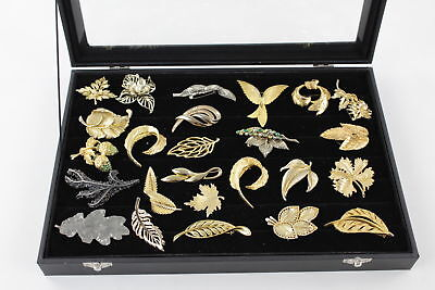 25 x VINTAGE Gold Tone Leaf & Floral Brooches inc. HOLLYWOOD Signed