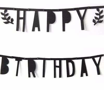 DIY Happy Birthday Girlande Skandinavischer Stil aus Fliesstoff in Schwarz