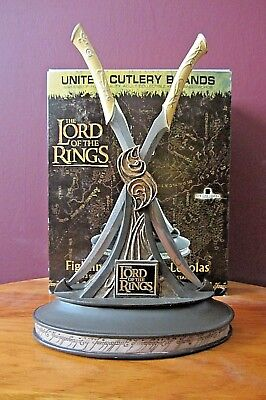 United Cutlery LOTR Legolas Fighting Knives 1/3 scale