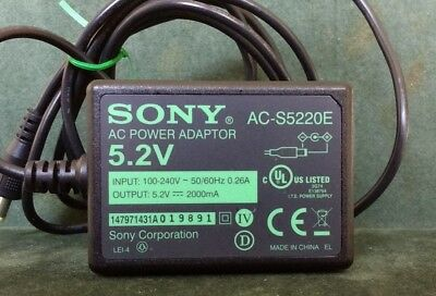 Sony AC Power adaptor AC-SE10, output 5.2V, 2000mA