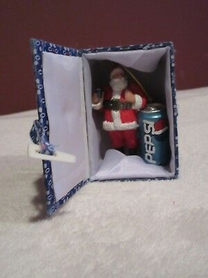 3'' Resin Santa Drinking Pepsi & Pepsi Can Tree Ornament With Gift Box Brand New