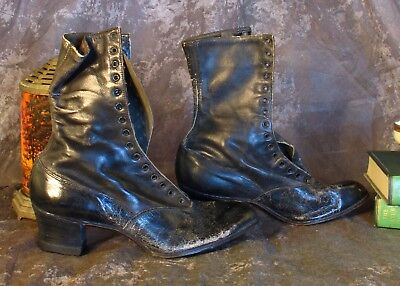 Knotts Berry Farm Auction Antique Womens Lace Up Boots Vintage 1900s Granny Boot