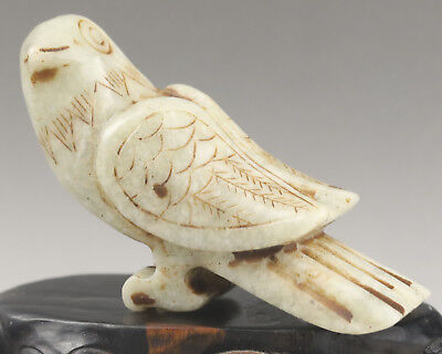 Chinese old natural jade hand-carved bird statue NO.E1006