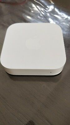 Apple AirPort Express 802.11n Wi-Fi Router 2nd Generation