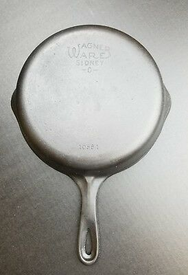 Vintage Wagner Ware Sidney -0- #6 Cast Iron Skillet -1056H - 9 Inch - Two Spout