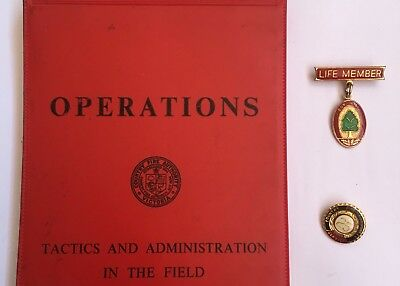 CFA Victoria Field Operations Manual and Lapel Pins x 2 - Estate Auction