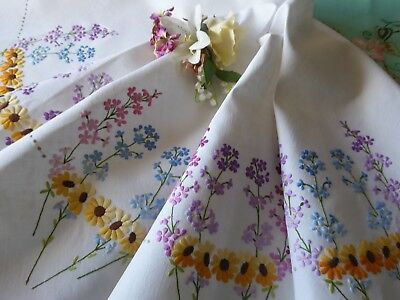 Vintage Hand Embroidered  Tablecloth - Beautiful  Delicate Flower Circle