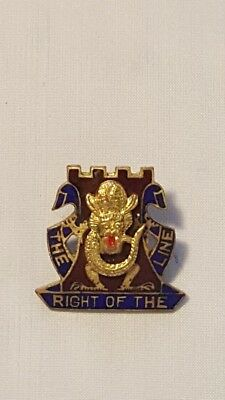 WWII 14th Infantry Regiment The Right Of The Line DI Unit Pin
