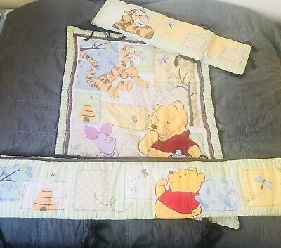 Complete Winnie the Pooh Crib Bedding Set Lot, Blanket, Bumpers, Excellent, Baby