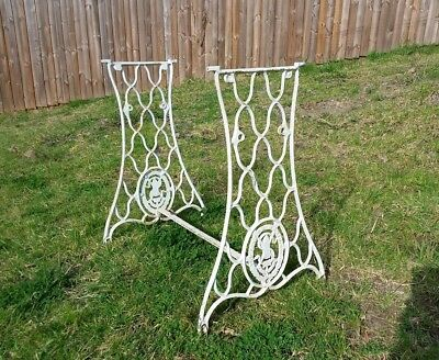 """VINTAGE CAST IRON """"SINGER"""" BASE TABLE ENDS sewing machine"""
