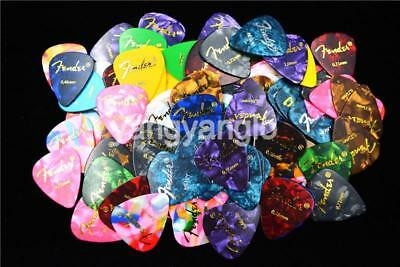 100pcs Celluloid Acoustic Electric Guitar Picks Plectrums Thin Medium Heavy Pick