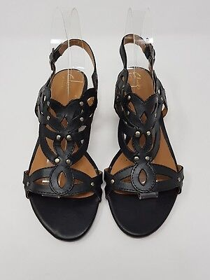 4a704f33e377 Clarks Artisan Black Leather Sandals UK 5 EU 38 Gold Studs Wedges Ladies  Shoes