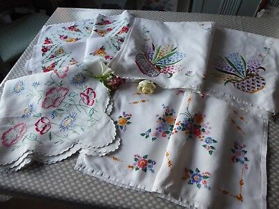 Vintage Hand Embroidered Linen Tablecloths X 4- Beautiful Detailed Embroidery