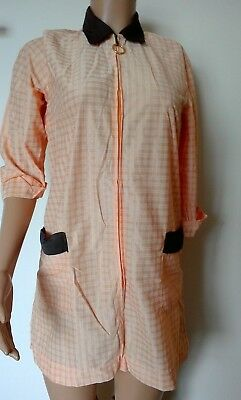 Vintage Dinner Lady housecoat overall Nylon peach zip fastening 8 10 12 (36/38)