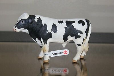 2007 Retired Schleich Holstein Bull Dairy Cow from Farm Life Series Nativity NEW
