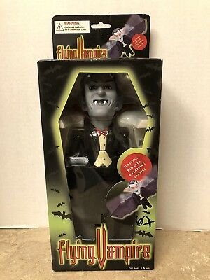 Flying Vampire Halloween Flashing Red Eyes Flapping Wings Magical Key Inc. NEW