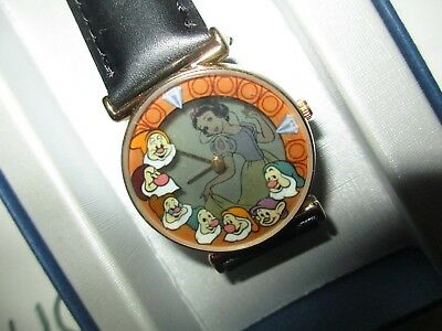 disney castmember employee snow white appearing disappearing limited watch dwarf