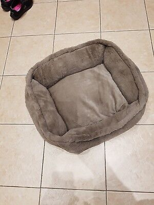 Soft Cosy Cat bed, New without tags
