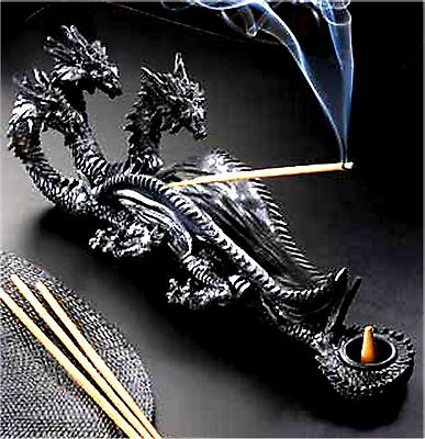 Sinister Triple-Head Dragon Incense Burner ** Nib