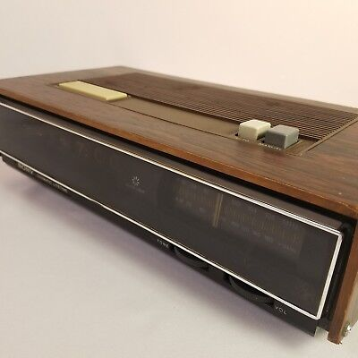 Vtg Sony Digimatic Litetime Flip Clock Alarm AM/FM TFM-C770W Parts Or Repair