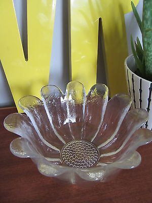 Vintage medium frank thrower Dartington crystal fruit center bowl daisy